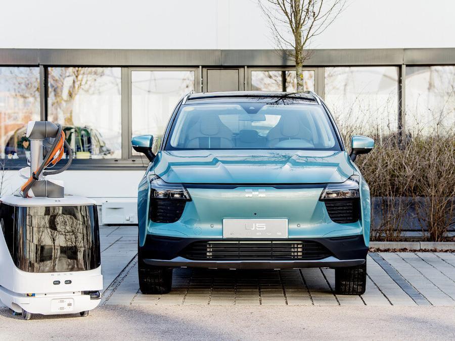 Nieuws Aiways ontvangt patenten voor autonome EV-laadoplossingen
